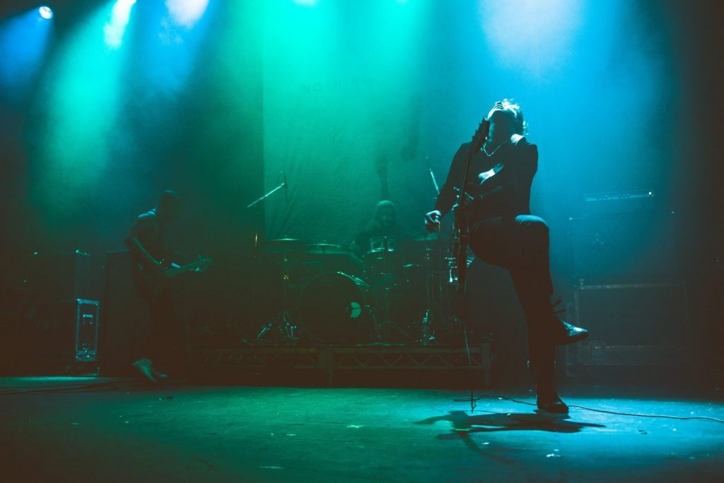 nothingbutthieves-140916-voguetheatrevancouver-33