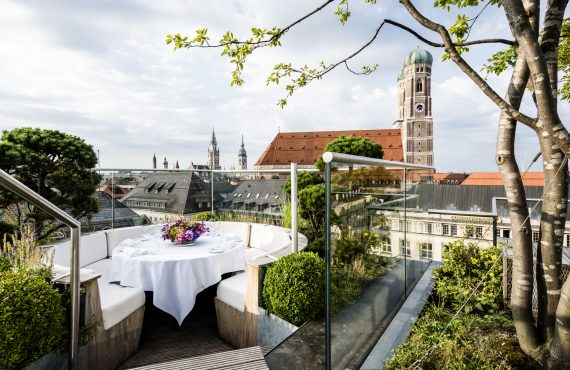 Opulance, History and the King of Pop at the Bayerischer…
